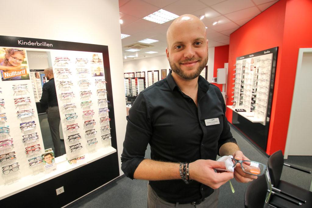 Eine optik bei lange dauert pro wie brille Die Brillenversicherung