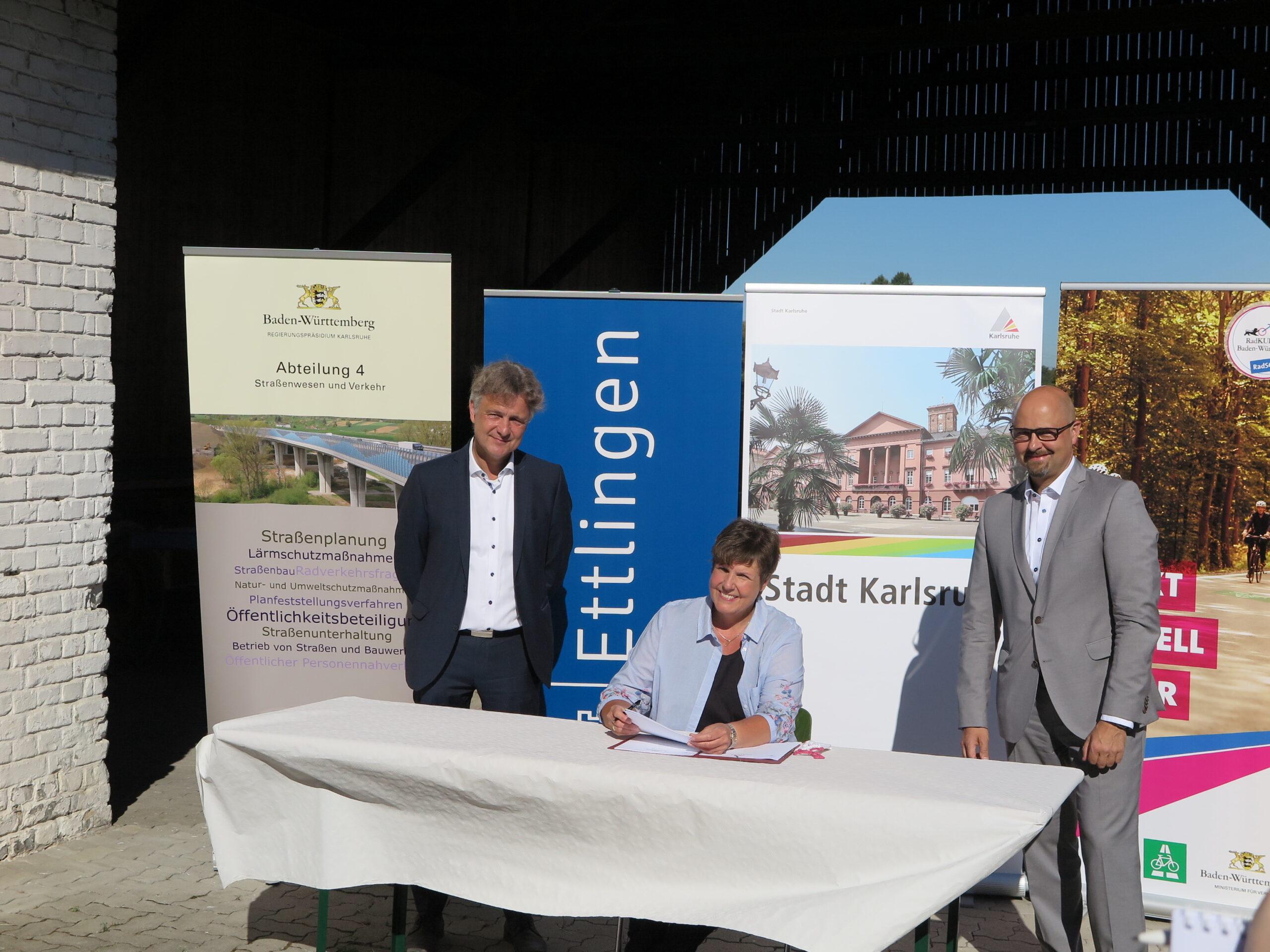 Kraftfahrzeug-Zulassungsstelle Außenstelle Des Landratsamtes Karlsruhe Ettlingen
