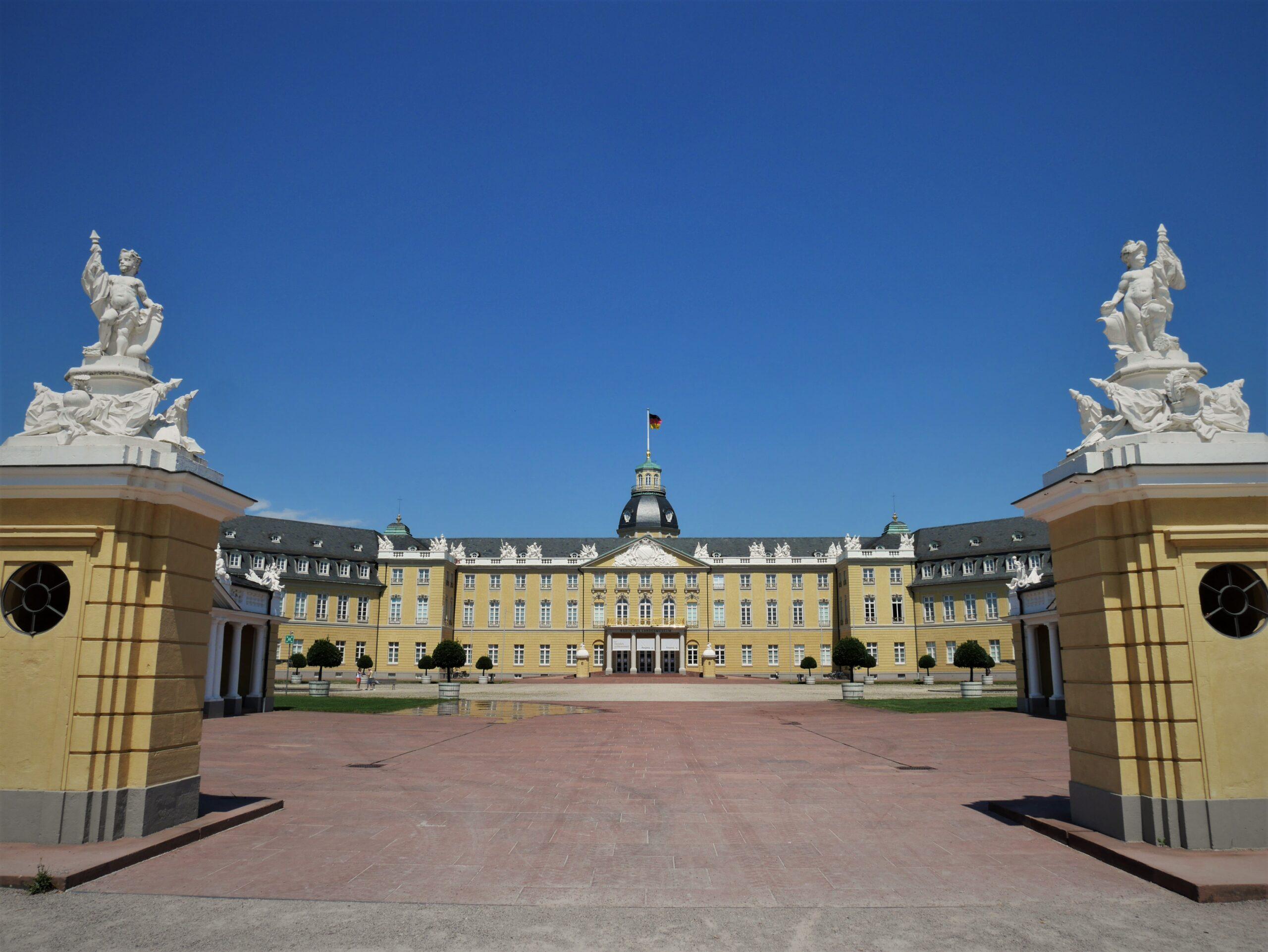 Landesmuseum: Gratis Open-Air-Museumswerkstatt vor dem Schloss!
